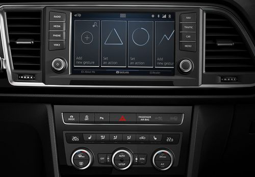 Vollausstattung mit Navi, Klimaanlage, Touch-Display, Bluetooth und Stauassistent